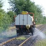 Gyomirtás a vasútvonalon
